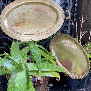 VINTAGE BRASS TRAY BUNDLE